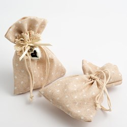 Picture of Heart Hessian Bags