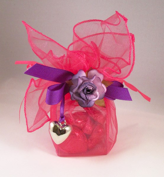 Picture of Drawstring Wrap Box with Open Rose