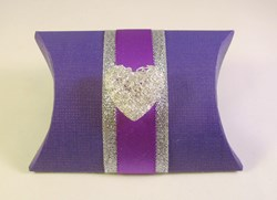 Picture of Contemporary Heart Favour Box