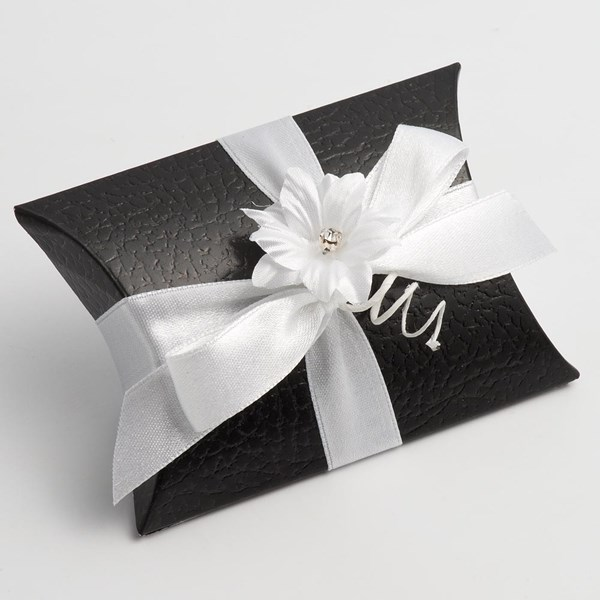 Picture of Black Pelle Favour Box