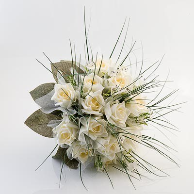 Picture of Bouquets - Large Ivory Bouquet