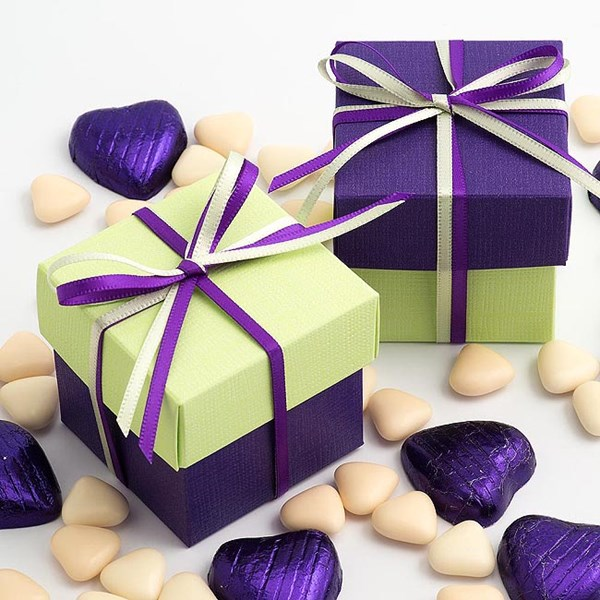 Picture of DIY Two Tone Boxes in Purple & Light Green Silk