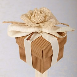 Picture of Hand Made Hessian Rose Box and Lid