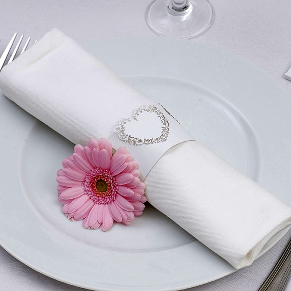 Picture of Vintage Romance Napkin Rings in White/Silver