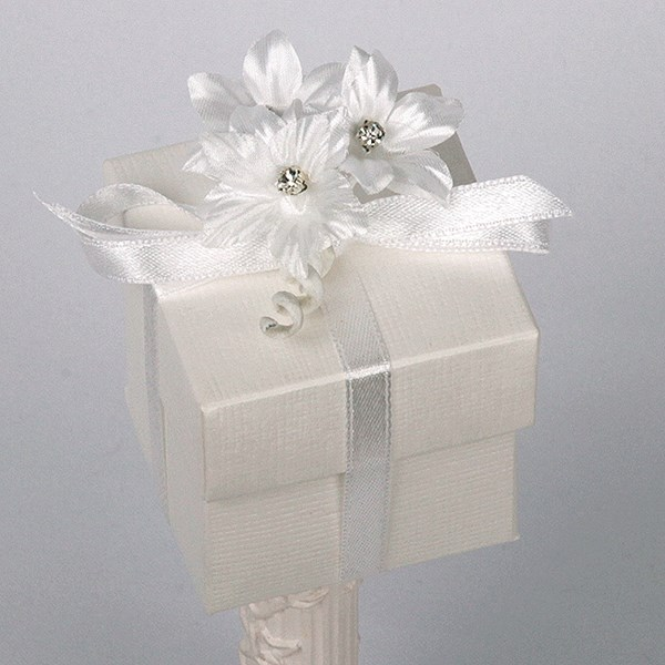 Picture of Silk Bridal White Box & Lid