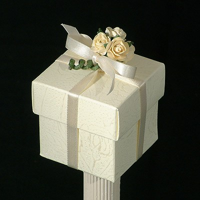 Picture of Simply Roses Box & Lid