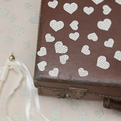 Picture of Vintage Table Confetti