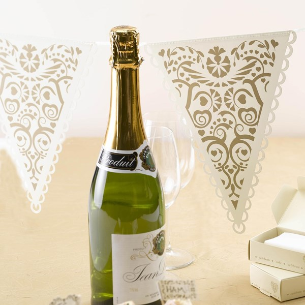 Picture of Vintage Romance - Paper Bunting - Ivory/Gold