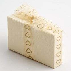 Picture of Ivory Silk - Cake Box