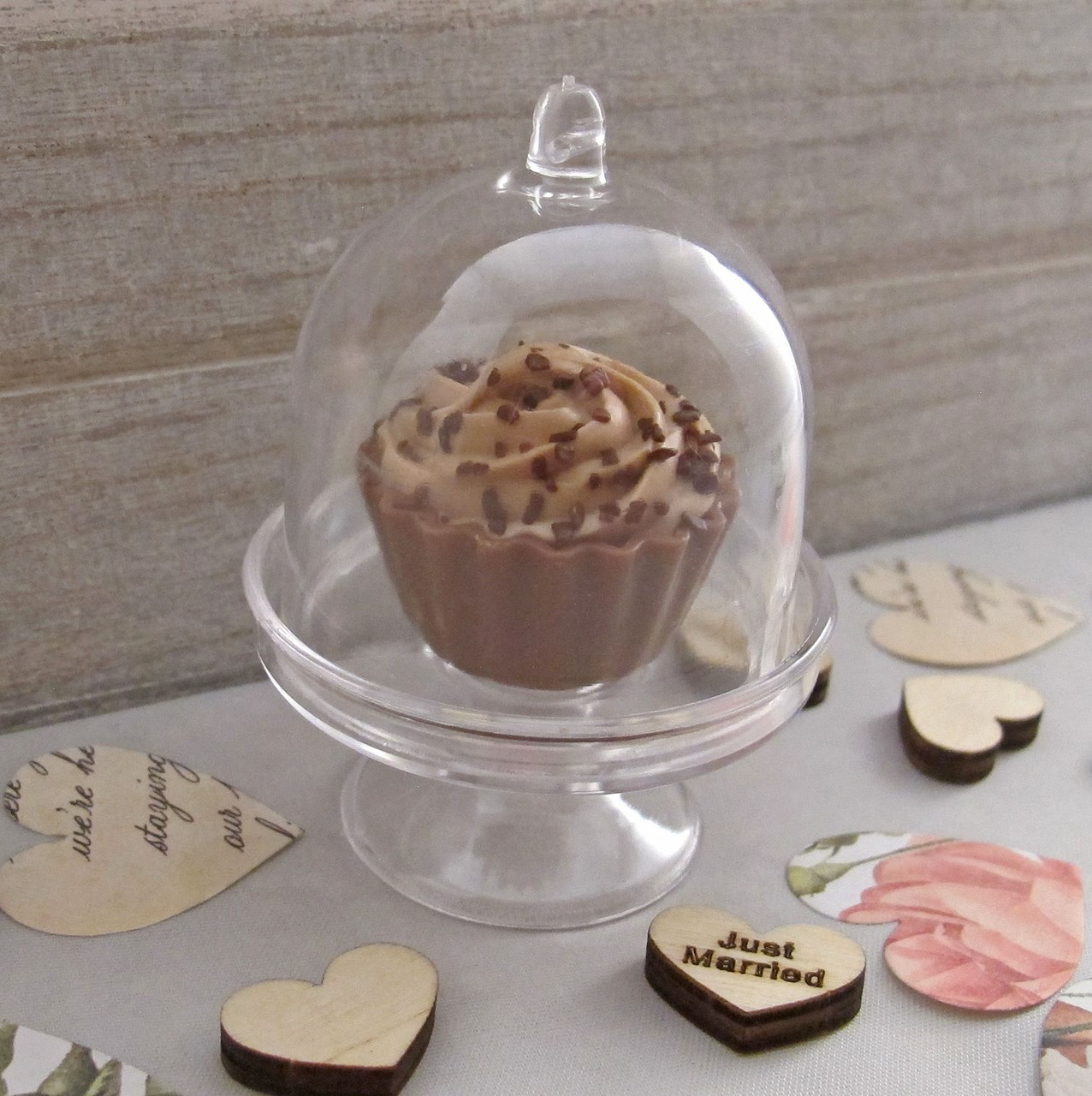 Cake Dome With Cupcake Chocolate Favours Uk Wedding Favours
