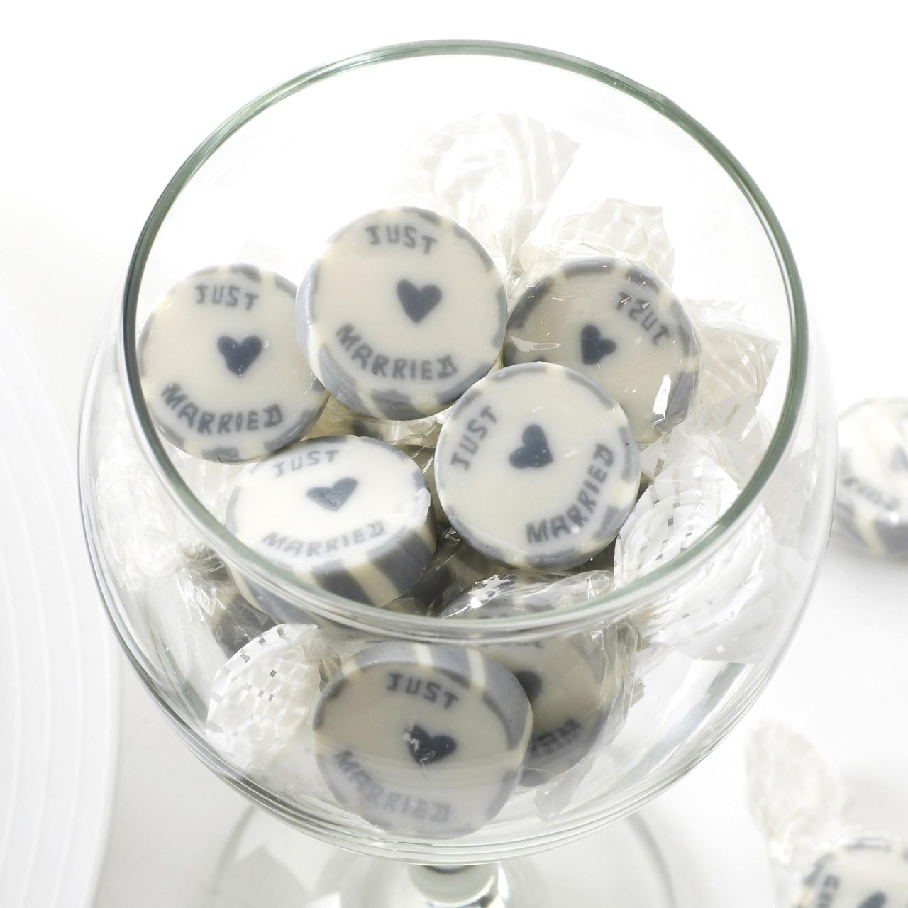 Mr /& Mrs Rock Sweets Wedding Favours 3 x 215g bags