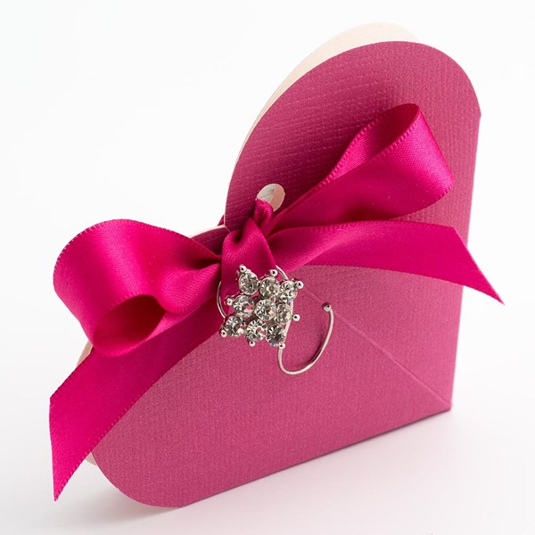 Picture of Fuchsia Silk Favour Box