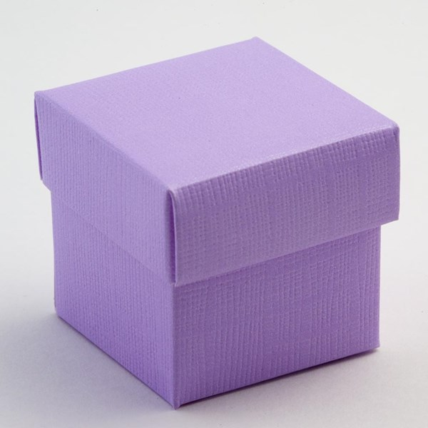 Picture of Lilac Silk Favour Box