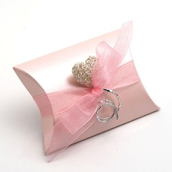 Picture of Pink Satin Favour Box