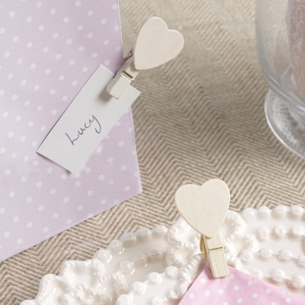 Picture of Ivory Wooden Heart Pegs - Vintage Rose