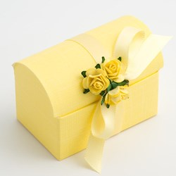 Picture of Lemon Silk Favour Box