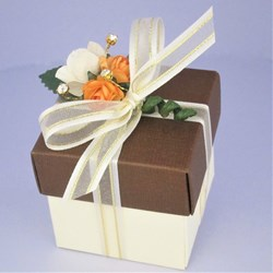 Picture for category Autumn Gold Silk Favour Boxes