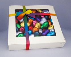 Picture of Rainbow Chocolate Hearts Gift Box
