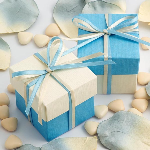 Picture of DIY Two Tone Boxes in Blue Silk & Ivory Silk