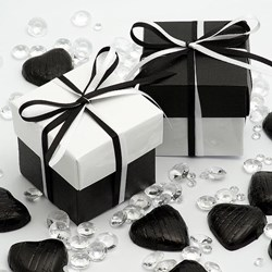 Picture of DIY Two Tone Boxes in White Gloss & Black Silk