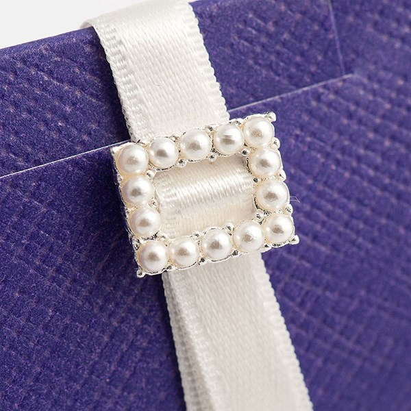 Picture of Pearl Buckle Small Rectangular
