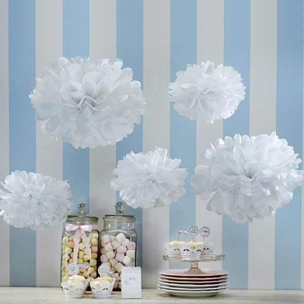 Picture of Pom Poms White