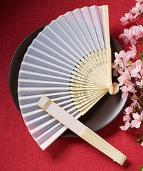 Picture of Elegant Silk Fan Favour